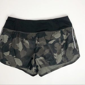 Athleta camouflage athletic shorts